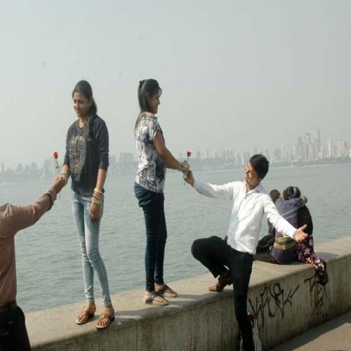 Mumbai turns Rosy on Valentine's Day