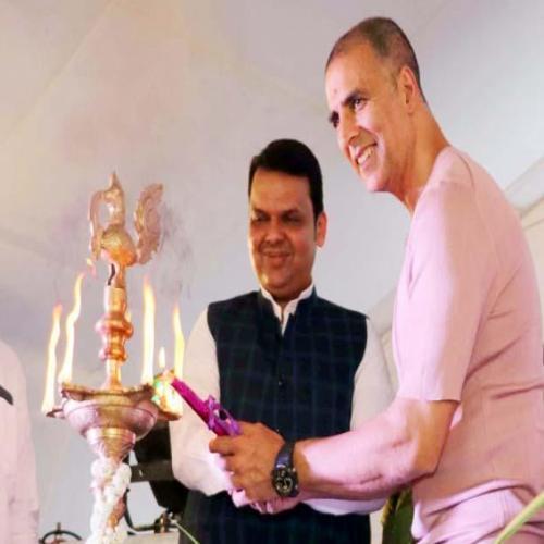 Akshay inaugurates Versova Festival 2018