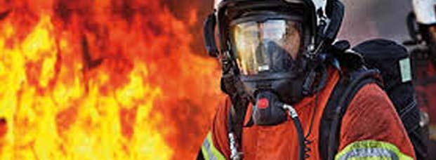 अभी-अभी: मुंबई में लगी भीषण आग; 400 लोगों की जिंदगी खतरे में