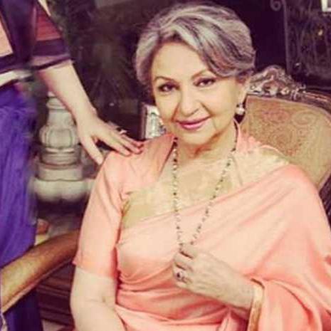 सालों बाद शर्मिला टैगोर ने अपने बोल्ड बिकिनी फोटोशूट पर तोड़ी चुप्पी, बोलीं- टू पीस में अच्छी लग रही थीं