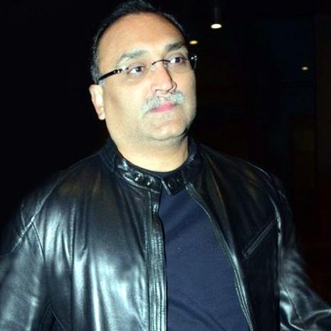 आदित्य चोपड़ा ने ठुकराया 400 करोड़ रुपये का ऑफर, सिनेमाघर में फिल्म करेंगे रिलीज!