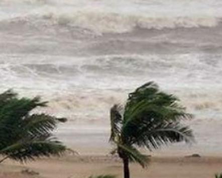 यमन में तबाही मचाने के बाद भारत आया चक्रवात मेकुनु, महाराष्ट्र में भारी बारिश के आसार