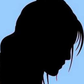 फिजियोथेरेपी कराने गई सेना के मेजर की पत्नी की गला काटकर हत्या