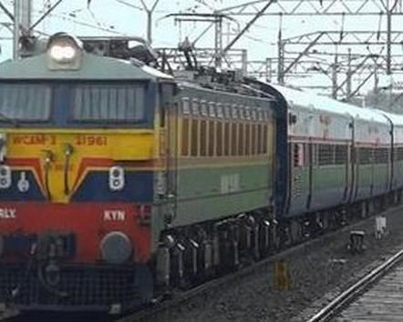 बड़ी खबर, 3 साल में ट्रेन हादसों में करीब 50 हजार की मौत