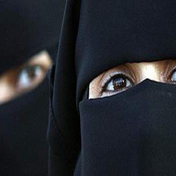 नज़रिया: अल्पसंख्यक होने की आड़ में औरतों को कब तक दबाएंगे मुसलमान?