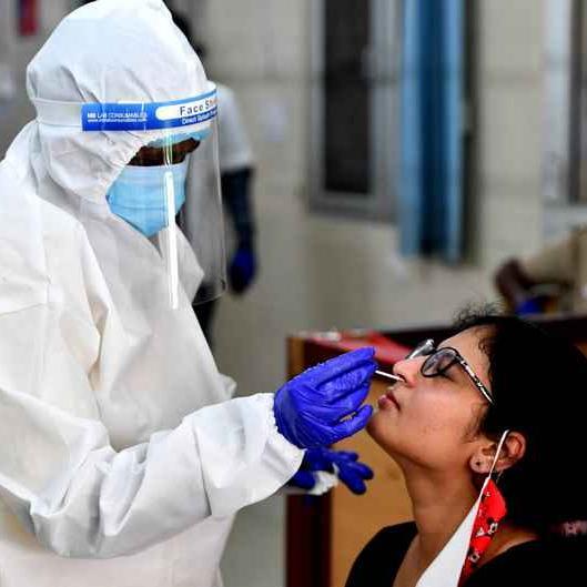 Coronavirus संक्रमण की बढ़ती रफ्तार, देश के कई शहरों में फिर लग सकता है लॉकडाउन