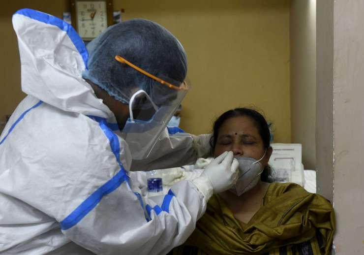 COVID-19 in India : देश में Corona मामले 80 लाख के करीब, एक्टिव केस घटकर हुए 6.18 लाख
