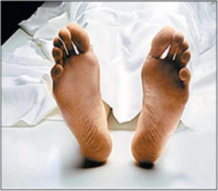 Corona से पति की मौत से दुखी पत्नी ने अस्पताल से कूदकर जान दी