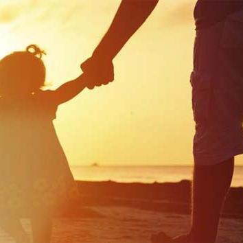 हैप्पी फादर्स डे : Fathers Day  पर घर आना बिटिया....