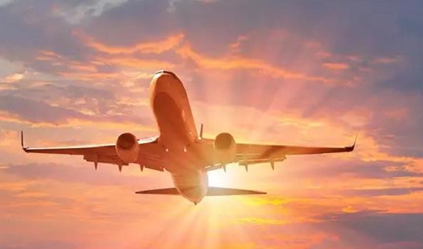 Fact Check: ब्लड क्लॉट का खतरा, कोरोना वैक्सीन लगवाने वाले लोगों को हवाई यात्रा से बचना चाहिए? जानिए इस वायरल दावे का पूरा सच