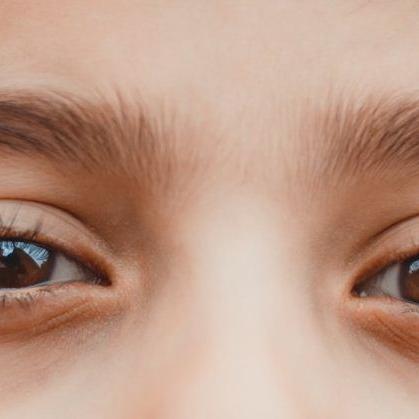 Online study: 'कंप्यूटर विजन सिंड्रोम' सुखाकर खराब कर रहा मासूम बच्चों की आंखें