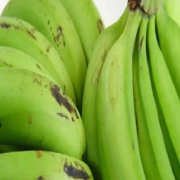 कच्चा केला : स्वाद पर मत जाइए, सेहत के लिए जरूर आजमाइए