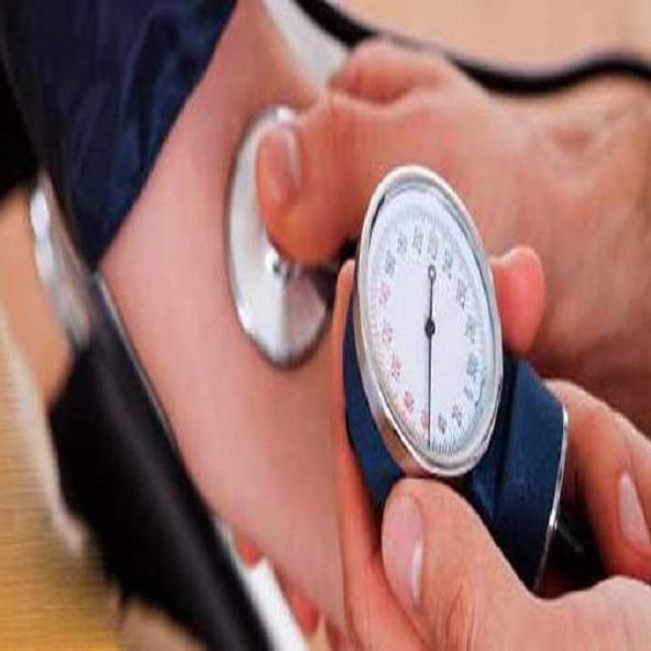 Health Alert - दोनों बाजुओं का BP मापना जरूरी!, अधिक अंतर होने पर जानलेवा बीमारियों का खतरा