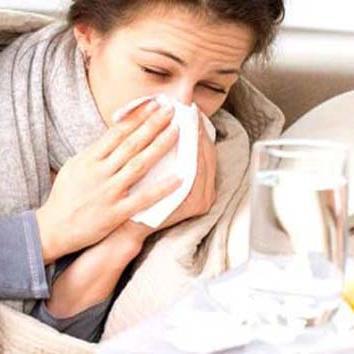डेंगू और वायरल फीवर दोनों हैं अलग-अलग, इन लक्षणों से पहचानें