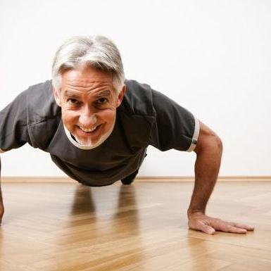 बूढ़ा होने से लगता है डर तो अपना लें ये 4 आदतें, होगा चमत्कारिक फायदा