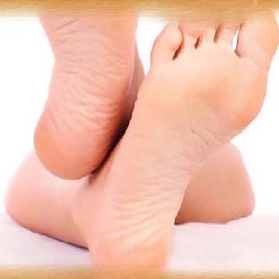 थकान महसूस हो रही है तो करें पैर के पंजों की ये 5  एक्सरसाइज