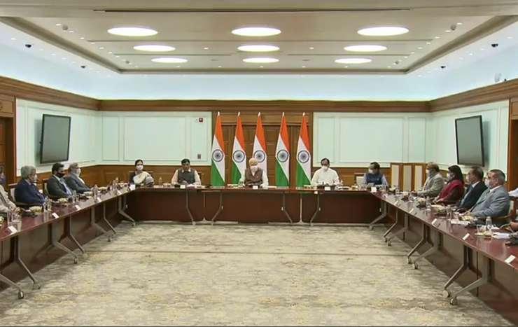 100 करोड़ डोज का लक्ष्य पूरा होने के बाद भारत के 7 कोविड वैक्सीन निर्माताओं से मिले PM मोदी