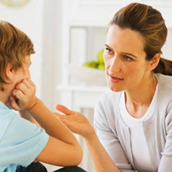 पैरेंट्स करें ऐसा व्यवहार, तो बच्चे सीख जाएंगे सच बोलना