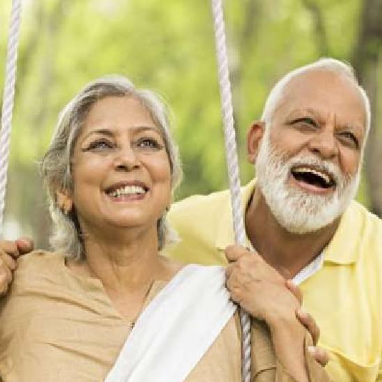 Corona virus: बुजुर्गों को  किन बातों का रखना  चाहिए ध्यान
