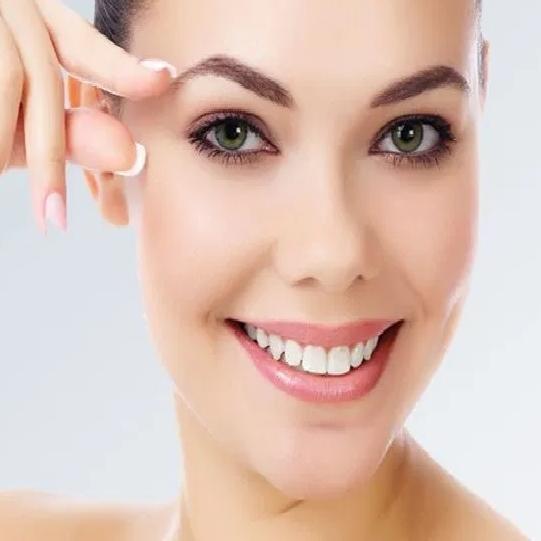 Raksha Bandhan 2020 : बिना पार्लर जाए घर पर ही दें eyebrows को सही Shape