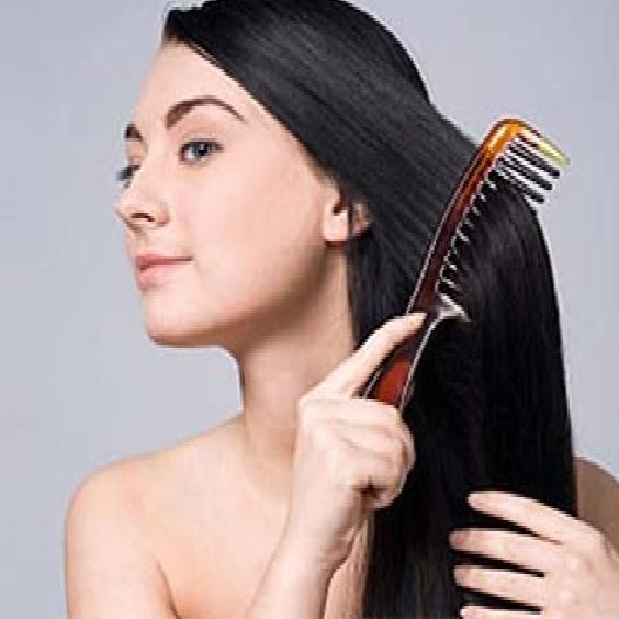 Night Hair Care : बदलते मौसम में रखें अपने बालों का ख्याल, अपनाएं नाइट हेयर केयर रूटीन