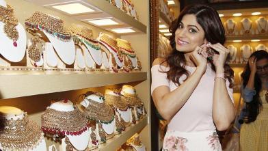 शमिता शेट्टी ने किया 'फैशन ज्वैलरी एंड एसेसरीज शो' का उद्घाटन