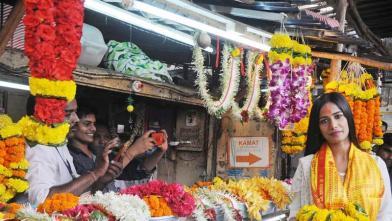 सिद्धिविनायक मंदिर पहुंचीं पूनम पांडे