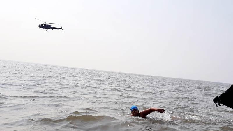 Swimming: 12 साल की बच्ची ने बनाया अनूठा रिकॉर्ड