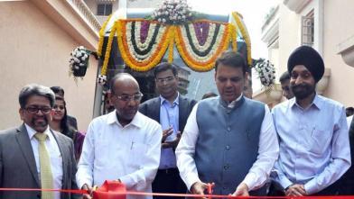मुंबई में लांच हुईं हाइब्रिड इलेक्ट्रिक एसी बसें