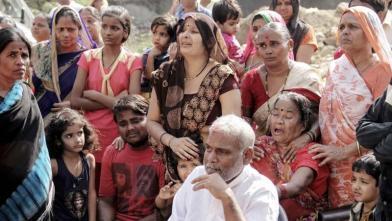 मुंबई में हथिनी 'लक्ष्मी' की मौत पर रोया पालने वाला परिवार