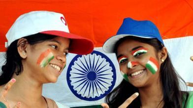 विश्व कप में भारत ने पाकिस्तान को हराया, फैंस ने मनाया जश्न