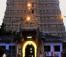 trivandrum , sree padmanabhaswamy temple , wearing churidar , temple , girls , ഹൈക്കോടതി , ശ്രീപത്മനാഭ സ്വാമി ക്ഷേത്രം , ചുരിദാർ , ക്ഷേത്രം ഭാരവാഹികള്