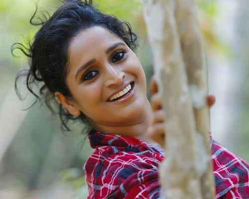 surabhi lakshmi, actress, cinema, നടി, സിനിമ, സുരഭി ലക്ഷ്മി, സുരഭി ലക്ഷ്മി, മിന്നാമിനുങ്ങ്, ദേശീയ പുരസ്കാരം