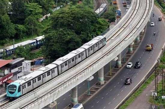kochi metro , metro , kochi , കൊച്ചി മെട്രോ , മെട്രോ , ട്രെയിന്