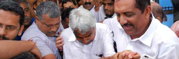 Kochi Metro, Oommen Chandy, UDF, Ramesh chennithala, കോണ്ഗ്രസ്, ഉമ്മന്ചാണ്ടി, രമേശ് ചെന്നിത്തല, യുഡിഎഫ്