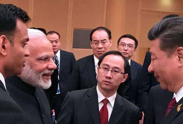 Narendra Modi , Xi Jinping , India china issues , Modi , ഇന്ത്യയും ചൈനയും , ചൈനീസ് പ്രസിഡന്റ് , ബ്രിക്സ് , സീ ജിൻപിംഗ് , ജി 20 ഉച്ചകോടി