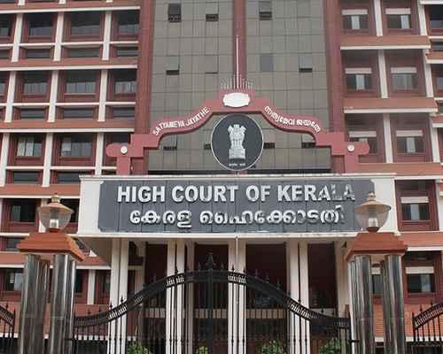 Fees Structure,  Pinarayi Govt.,  Management Associations,   Self Financing Medical College,   High Court Of Kerala,  സ്വാശ്രയ മെഡിക്കല് പ്രവേശന ഫീസ്, മെഡിക്കല് പ്രവേശന ഫീസ്,  ഹൈക്കോടതി,  ഫീസ്