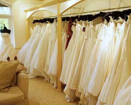 dress cleaning tips, dress cleaning, life style, dress,  കരിമ്പന്,  ജീവിതരീതി,  വസ്ത്രങ്ങള്, വസ്ത്രങ്ങള് വൃത്തിയാക്കാന്
