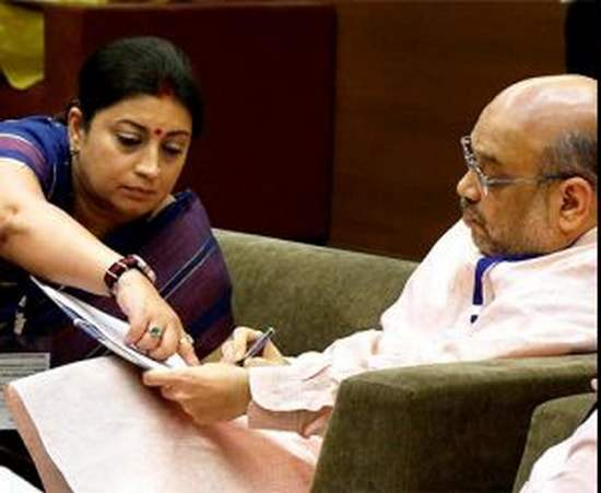 Gujarat , Rajya Sabha election , Congress , Bjp , sonia ghandhi , Amit shah , കോണ്ഗ്രസ് , ബിജെപി , കോൺഗ്രസ് , രാജ്യസഭാ തെരഞ്ഞെടുപ്പ് , ഗുജറാത്ത് , തെരഞ്ഞെടുപ്പ് കമ്മിഷന്