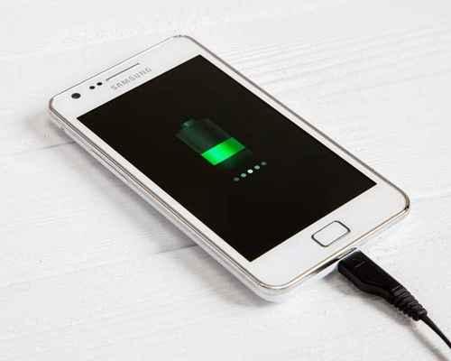 phone charging , charging , മൈക്രോ യുഎസ്ബി പോര്ട്ട് , ചാര്ജ്ജര് , സ്മാര്ട്ട്ഫോണ്