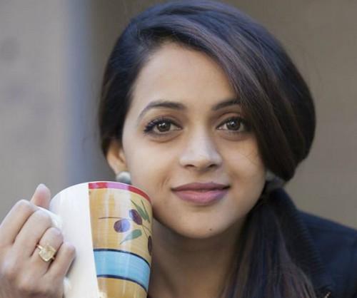 Bhavana , Amma , women's collective in cinema , Cinema , സിനിമാ മേഖല , ഭാവന , ചലച്ചിത്ര മേഖല , വിമന് ഇന് സിനിമാ കളക്ടീവ് , ക്യാമറ