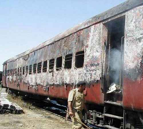 Godhra train burning , Court , death , highcourt , ഗോധ്ര ട്രെയിൻ കത്തിക്കൽ  ,  തീവെപ്പ് , ഹൈക്കോടതി , ജീവപര്യന്തം