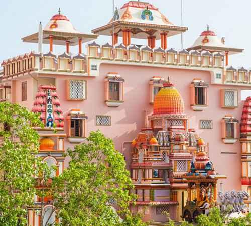 Amritanandamayi Ashram , Satnam Singh , Vallikavu , Amritanandamayi , സത്നാംസിങ്ങ് ,  മാതാഅമൃതാനന്ദമയി ,  അമൃതാനന്ദമയി മഠം