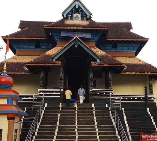 parthasarathy temple , aranmula parthasarathy temple , ആറന്മുള പാര്ത്ഥസാരഥി ക്ഷേത്രം , പാര്ത്ഥസാരഥി ക്ഷേത്രം