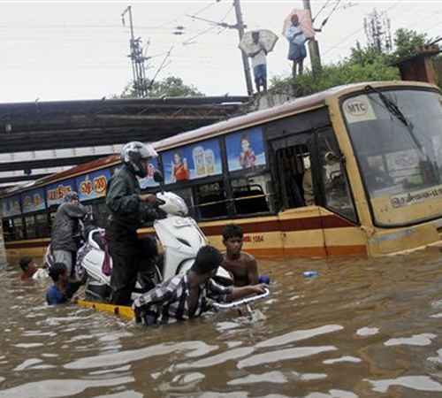 rain,death,weather,school,college,chennai,tamil nadu,മഴ,മരണം, കാലാവസ്ഥ,സ്കൂള്,കോളേജ്,ചെന്നൈ,തമിഴ്നാട്,ഇന്ത്യ