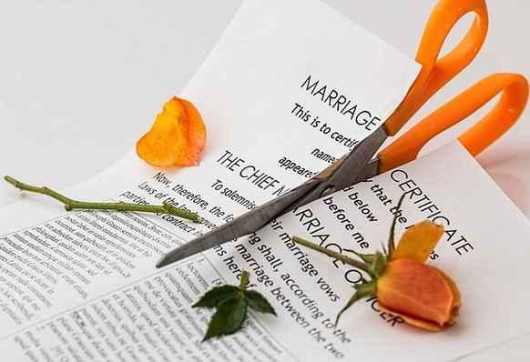 Divorce , family life , family relation , family , Husband and Wife relation , വിവാഹമോചനം , കുടുംബജീവിതം , സ്ത്രീ , പുരുഷന് , സെക്സ് ലൈഫ് , സ്നേഹം , ഇഷ്ടം