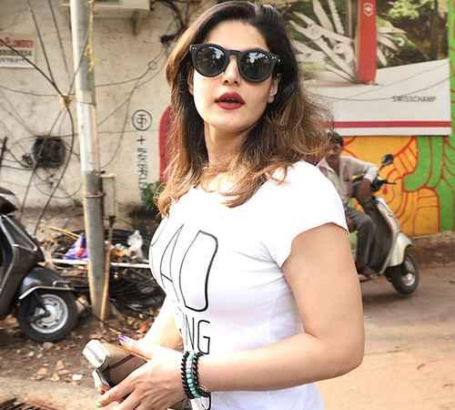 Zareen Khan, Askar 2 Bollywood, Intimate Scenes , ബജാജ് രാജ് , അക്സര് 2 , സറീന് ഖാന്