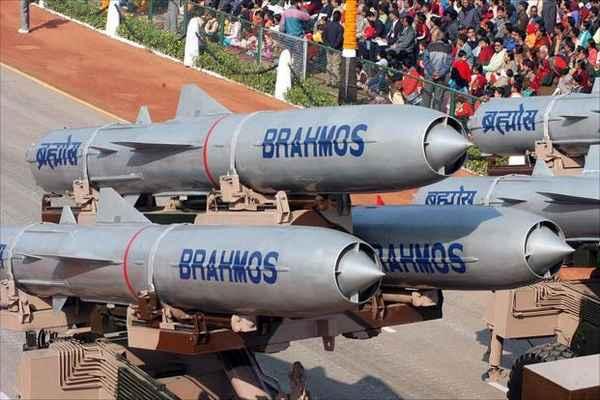 BrahMos Missile , Sukhoi 30 , Defence Ministry , ബ്രഹ്മോസ് , സുഖോയ് , മിസൈല് , ശബ്ദാതിവേഗ മിസൈല്