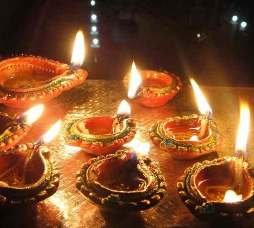 Karthikai Deepam , Karthikai , Athmiyam , കാര്ത്തിക ദീപം , ആത്മീയം , തൃക്കാര്ത്തിക ദീപം , തൃക്കാര്ത്തിക