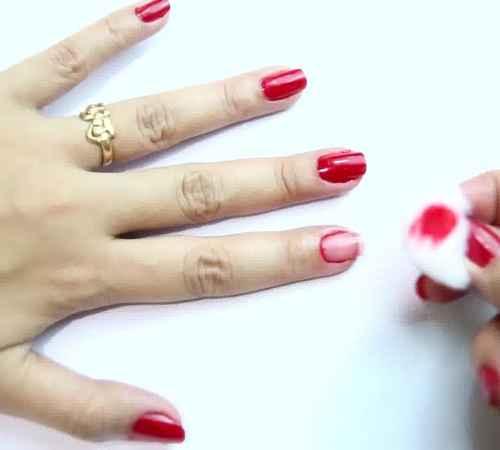 nail polish , nail polish remover , women , സ്ത്രീ , നെയില്പോളിഷ് , നെയില്പോളിഷ് റിമൂവര്